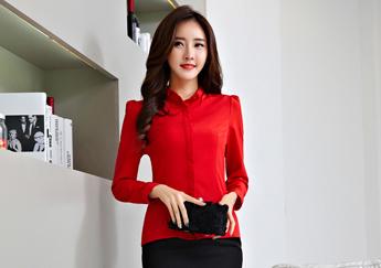 Áo sơ mi với sắc đỏ kiều diễm cho thời trang công sở 2017