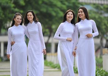 May đồng phục học sinh chuyên nghiệp-Đồng Phục Lê Kha