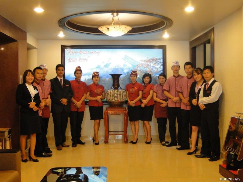May đồng phục nhà hàng-khách sạn tại Tp.HCM